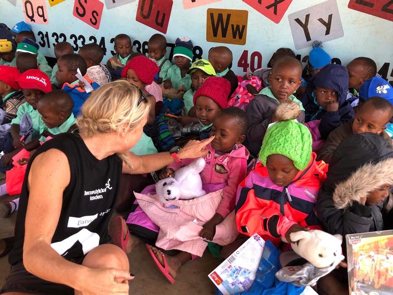 79535704ac06 Fra sidste års velgørenhedsprojekt  Climb for charity  i Tanzania